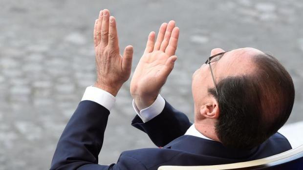 """""""J'applaudis des deux mains"""" - FH"""